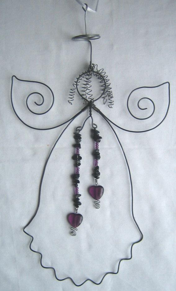 Ängel med pärlhängen
